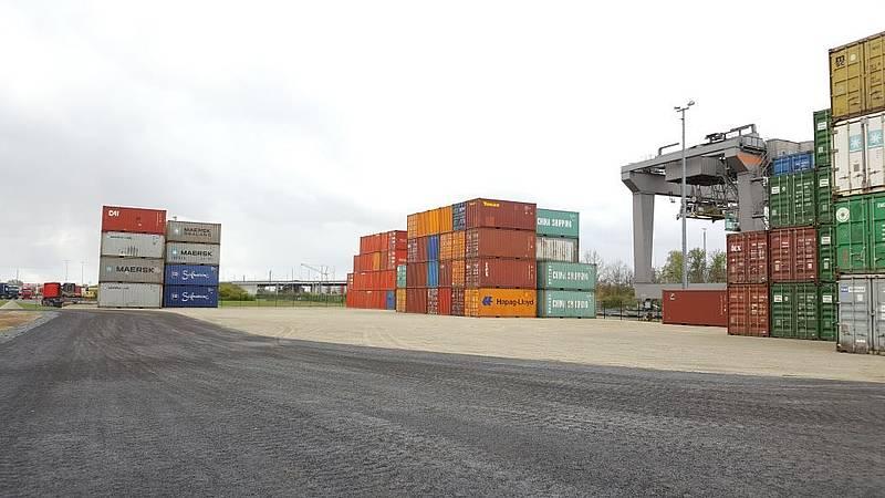 Container Service Center im GVZ Großbeeren vergrößert Depotfläche ...