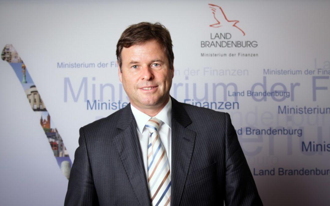 Finanzminister Görke zu Besuch im GVZ Berlin West Wustermark